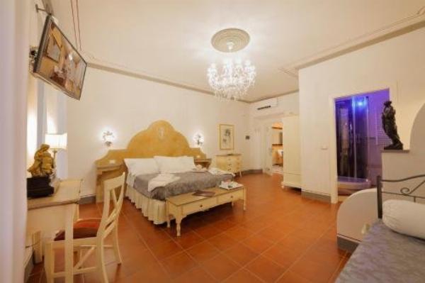 Palazzo Mari suite & rooms b&b Montevarchi