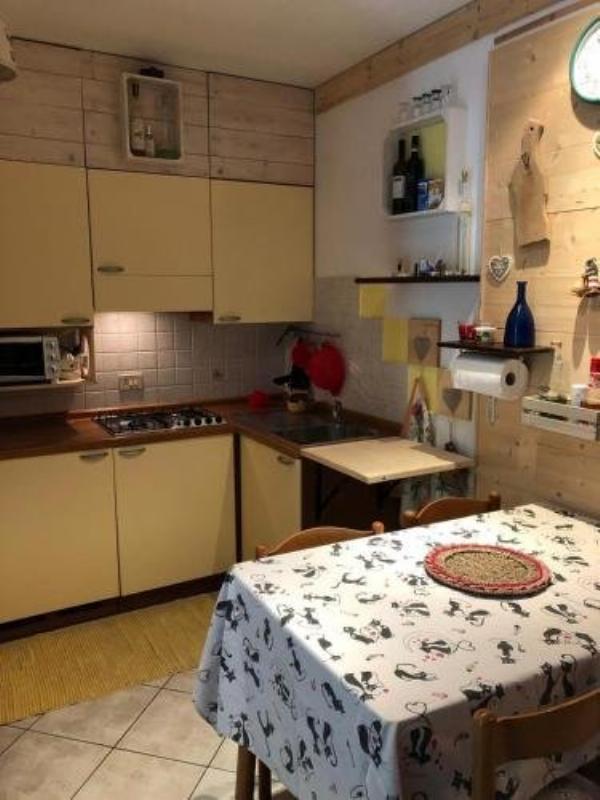 Genziana C2 interno 32 Prato Nevoso