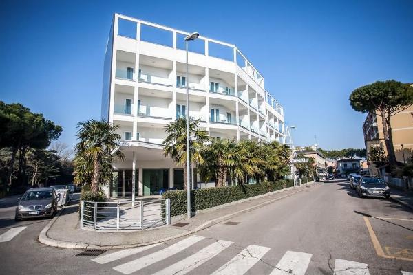 Hotel Oceanomare Punta Marina
