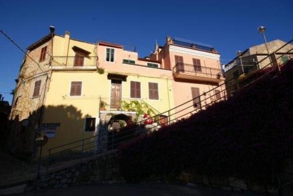 Casa Rosa Lingueglietta