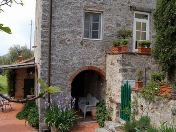 Borgo Bucatra Buonvento Chiatri