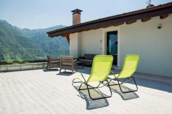 Rocca d'Anfo Charming Lake View Vesta