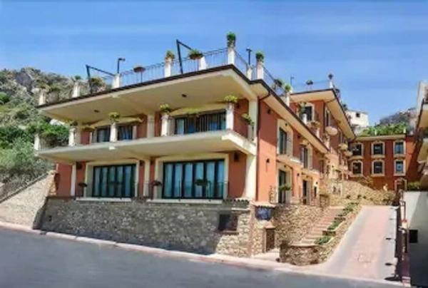 Agostiniana Hotel Forza d'Agro